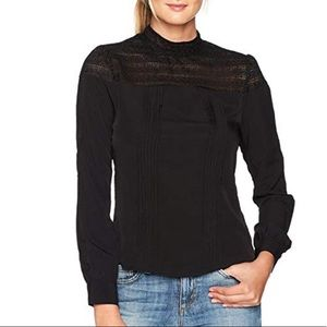 Black Delicate Embroidery Long Sleeves Blouse
